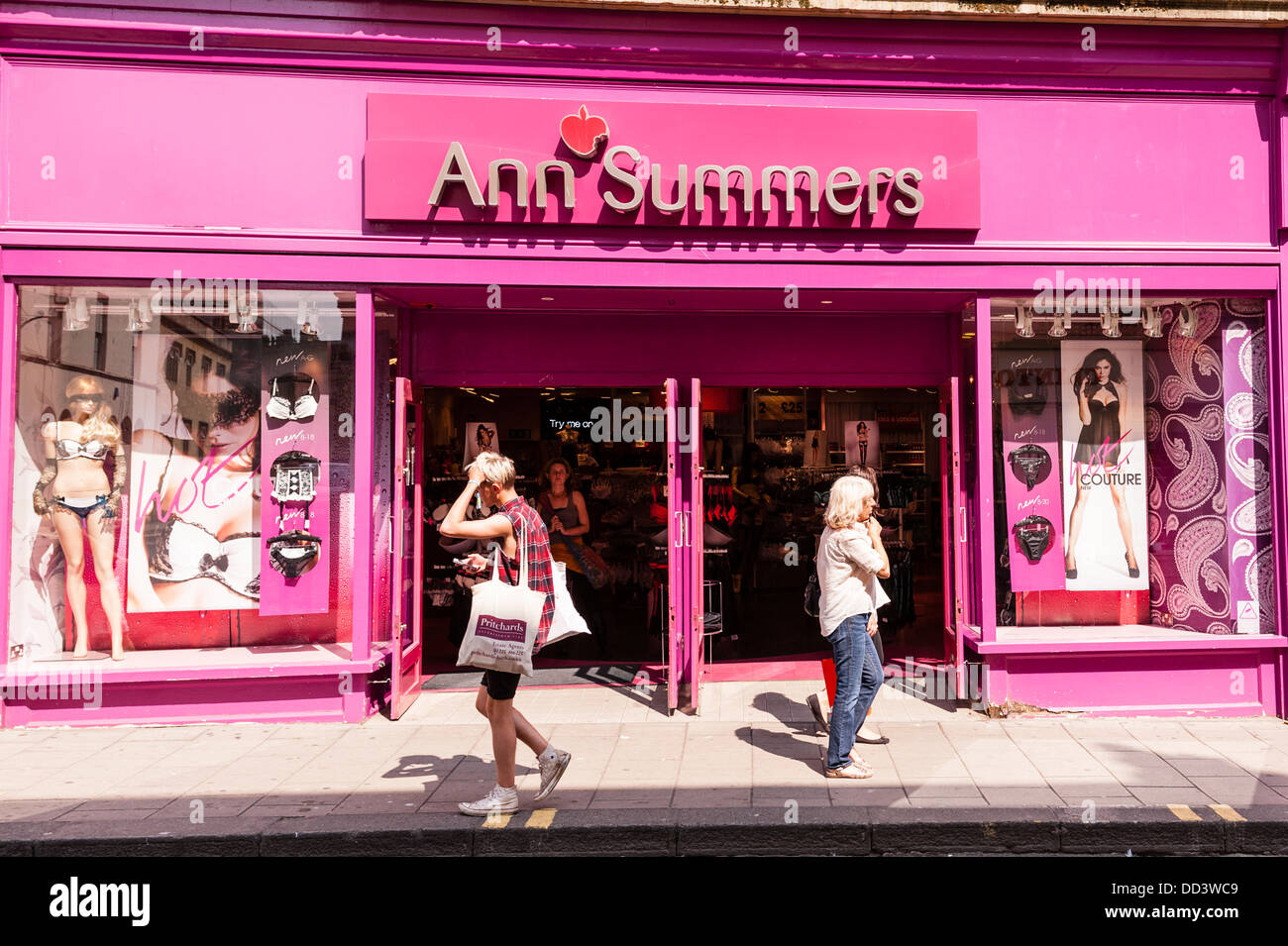 Adult shops in the uk photo