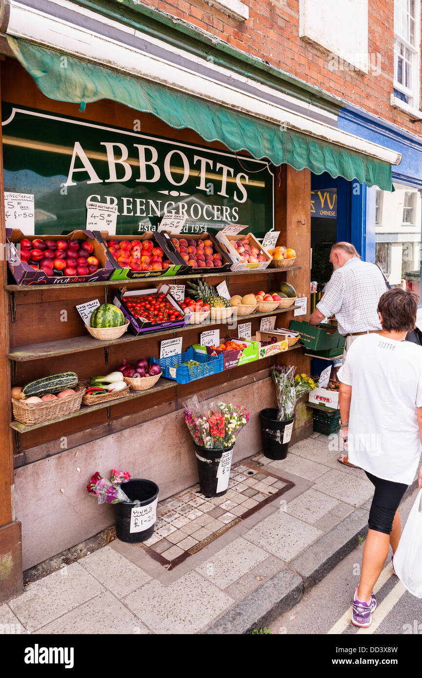 The abbotts Greengrocers in Shaftesbury , Dorset , England , Britain , Uk - Stock Image