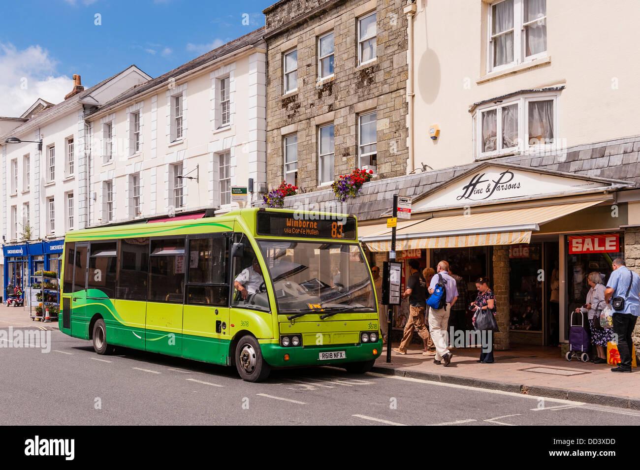 A bus stop at Shaftesbury , Dorset , England , Britain , Uk - Stock Image