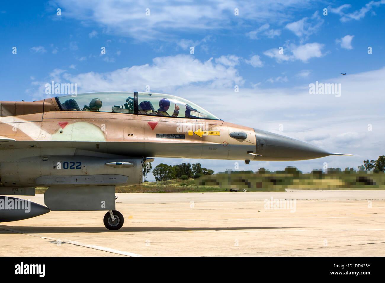 Israeli Air Force (IAF) F-16D (Barak) Fighter jet in flight - Stock Image