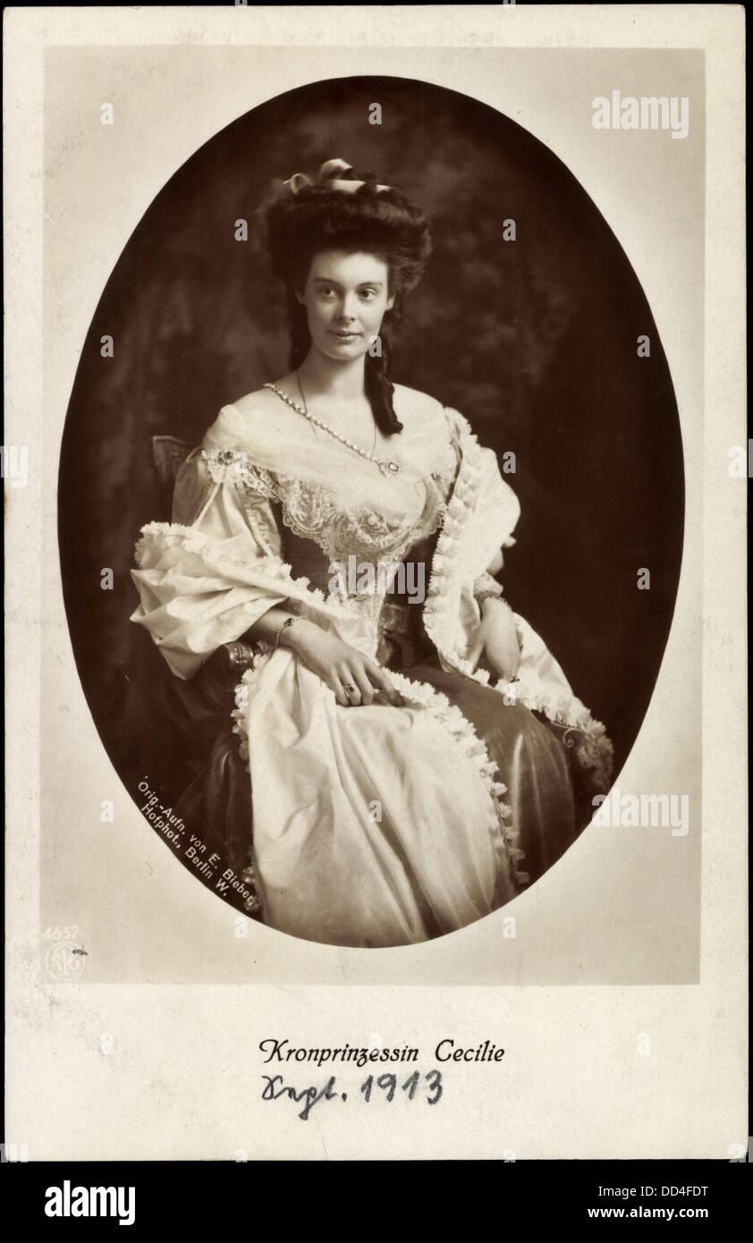 Ak Junge Kronprinzessin Cecilie von Preußen, Ballkleid Stock Photo ...