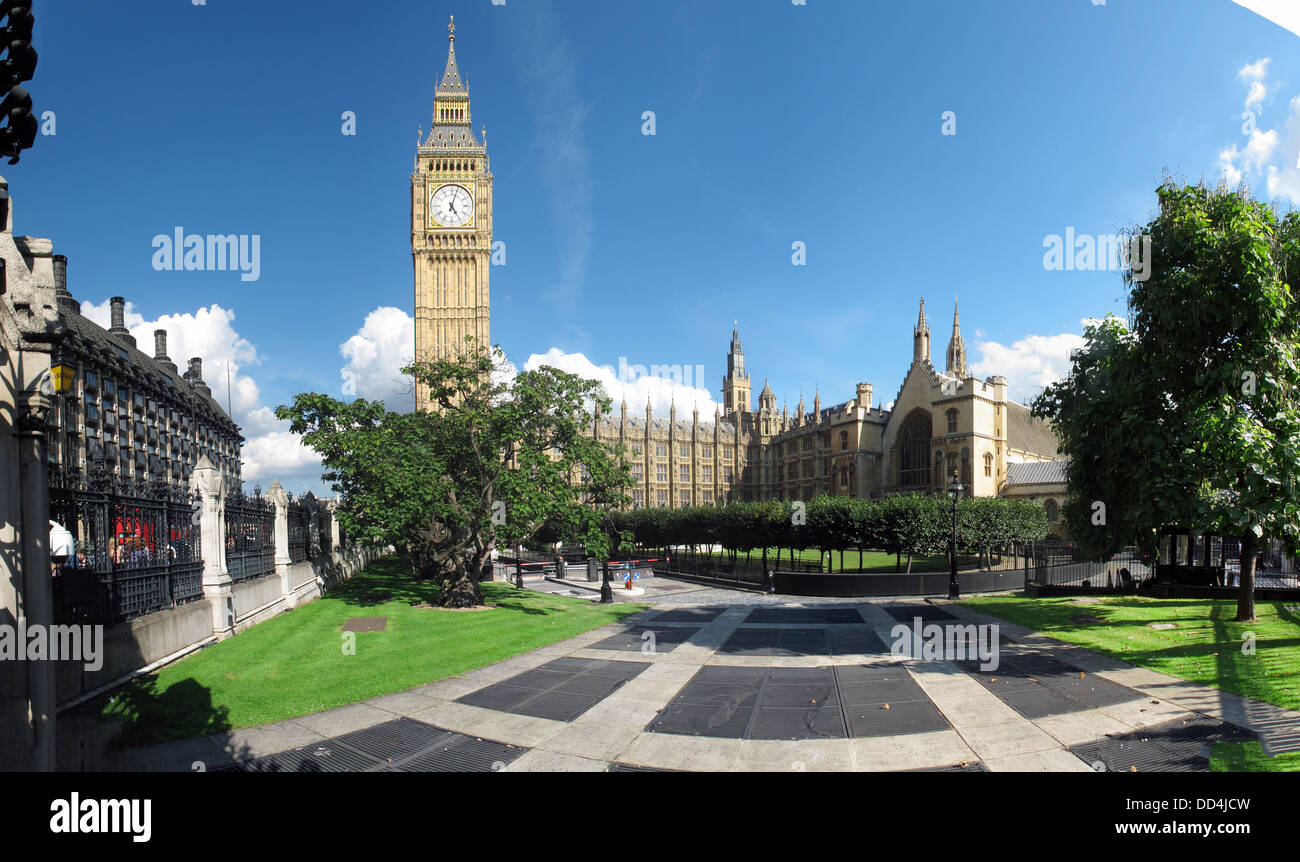 Houses of parliament / Palace of Westminster panorama, Big Ben, Westminster, London, South East England SW1A 0AA - Stock Image