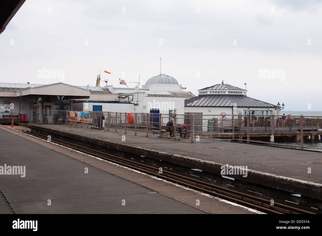 Ryde Pier railway station, Isle of Wight, Hampshire, England, United Kingdom. - Stock Image