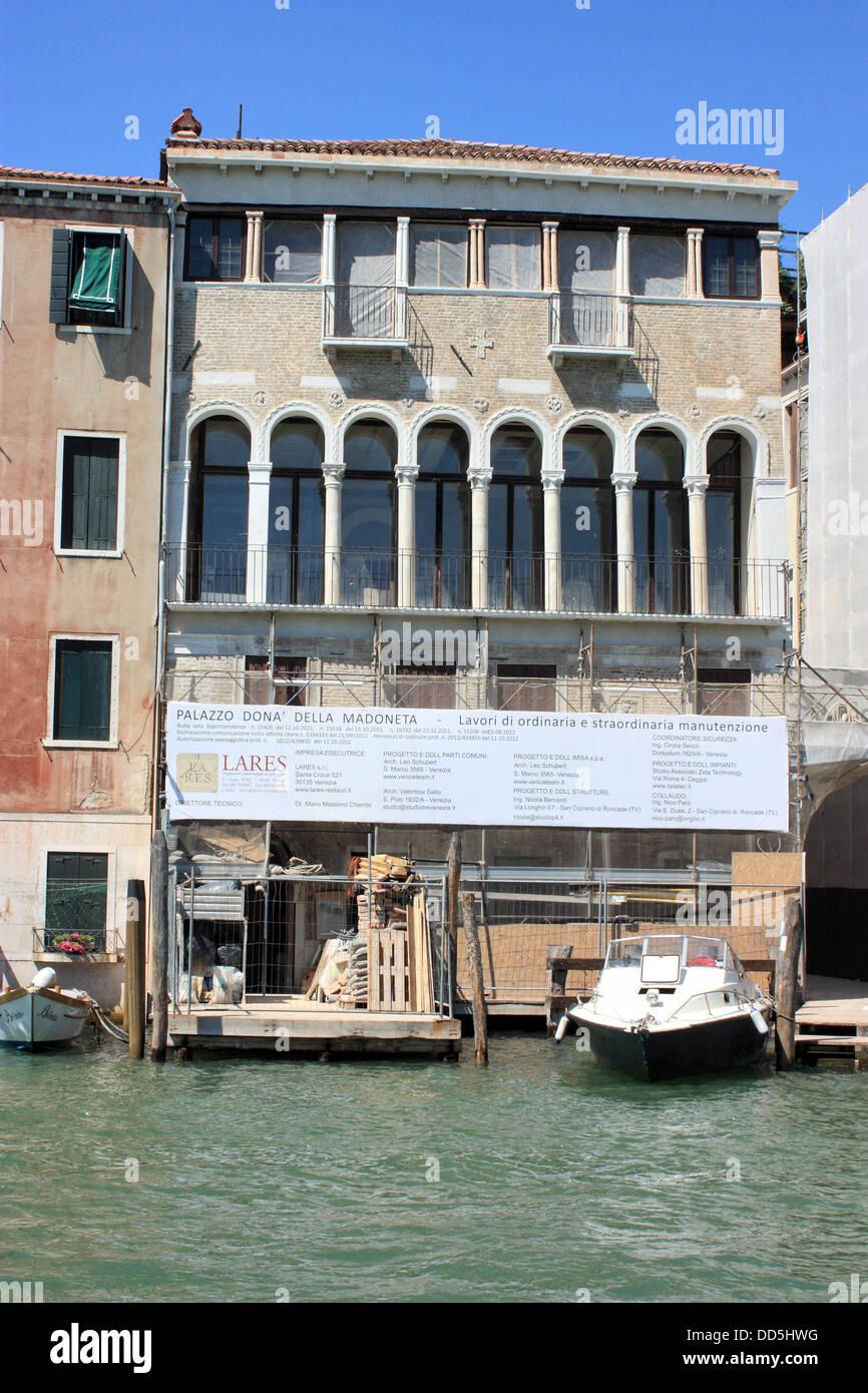 Palazzo Donà della Madoneta - under reconstruction by Lares S.r.l. - Stock Image