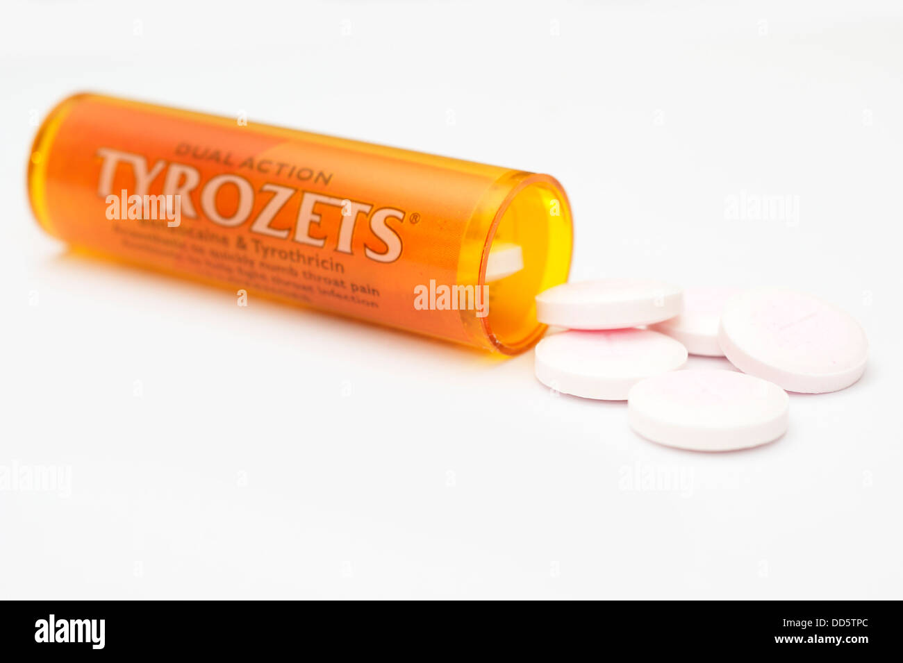 Tyrozets (tyrothricin benzocaine) antibiotic anaesthetic tablets medicine for  infections & irritations in the - Stock Image