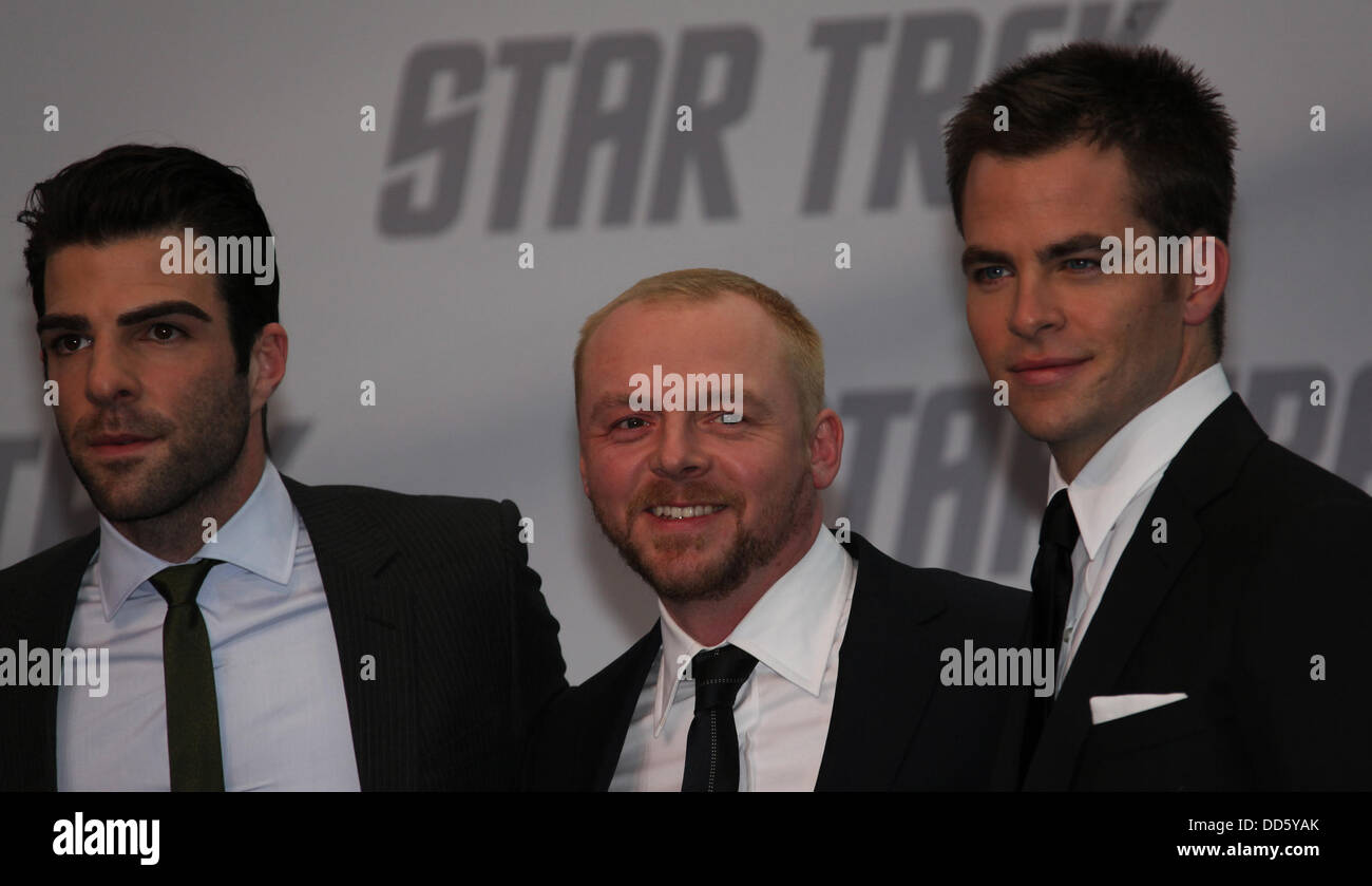 Chris Pine (Kirk), Simon Pegg (Scott) and Zachary Quinto (Spock) (l-r) at the premiere of 'Star Trek' in - Stock Image