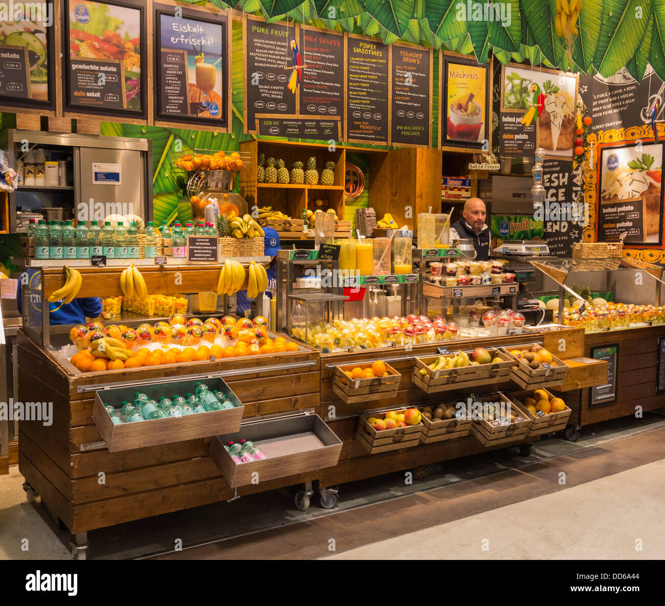 Juice Bar Stuttgart Germany Stock Photo 59761300 Alamy