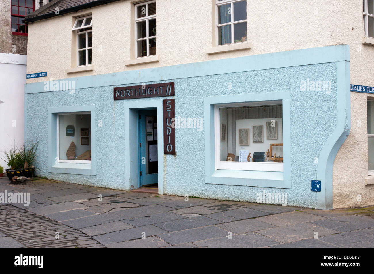 Northlight Studio in the centre of Stromness is the workshop and gallery of Ros Bryant, a tapestry weaver and stone Stock Photo