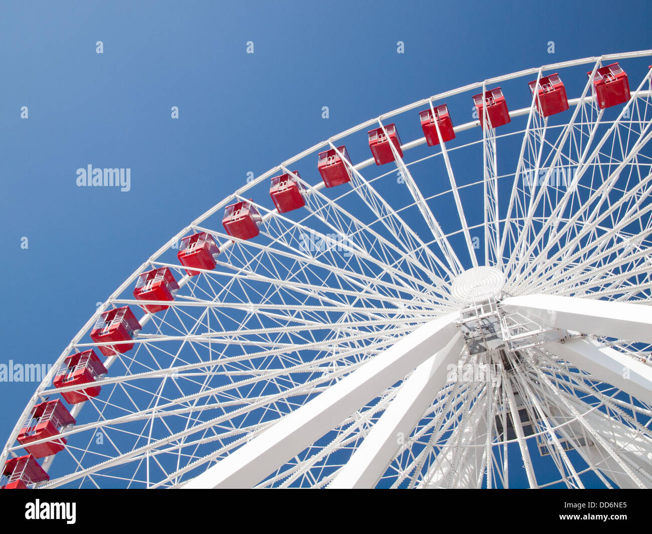 The awesome Ferris wheel at Navy Pier in Chicago, Illinois. - Stock Image
