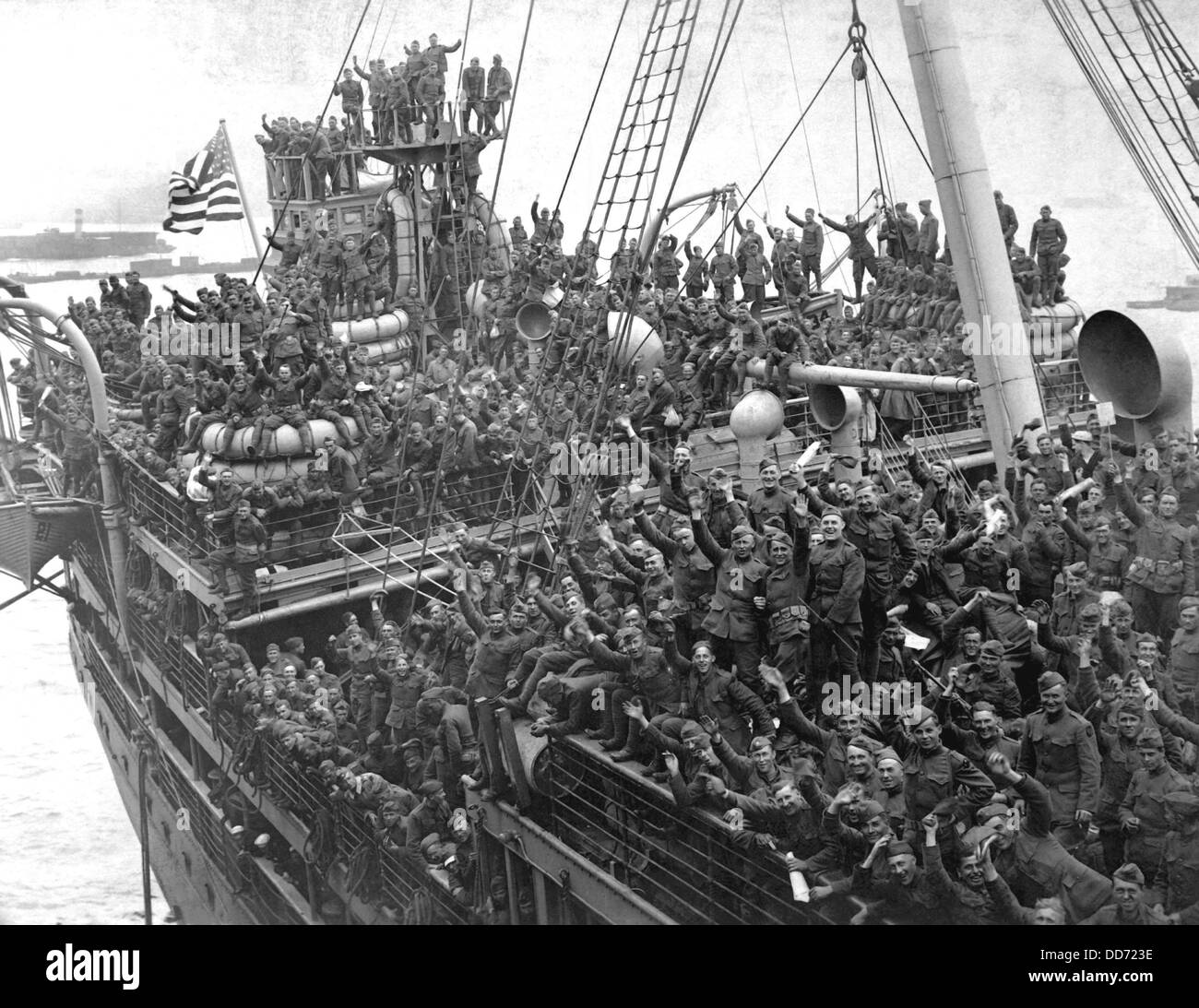 Troop Ship Stock Photos Troop Ship Stock Images Alamy