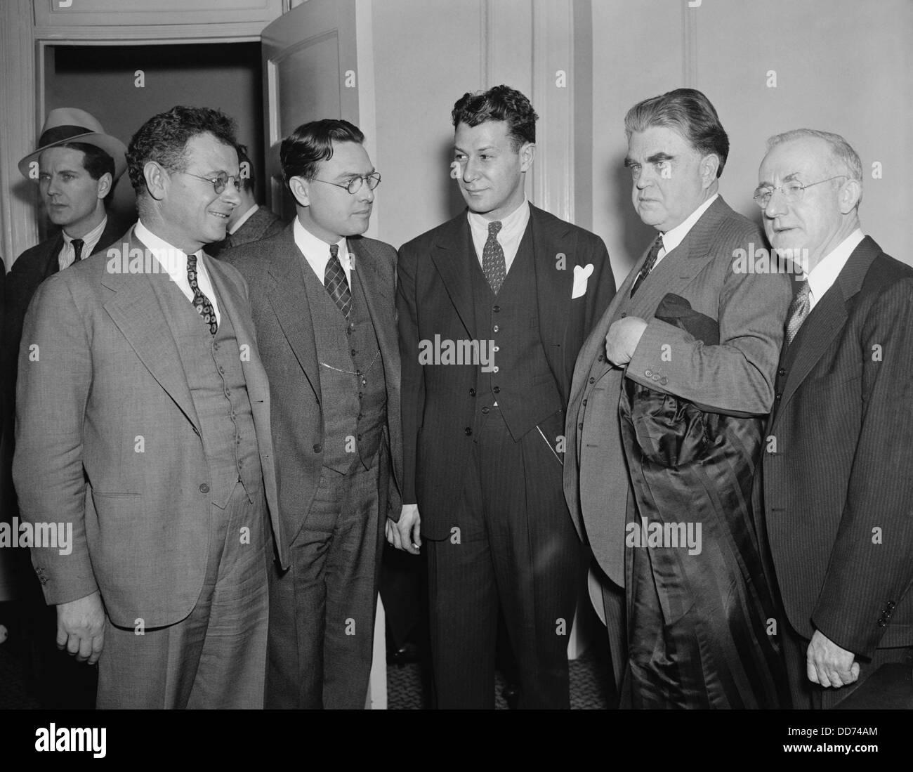 Labor leaders meet to discuss the strike against General Motors. Jan. 12, 1937. L-R: Sidney Hillman, CIO; Homer - Stock Image
