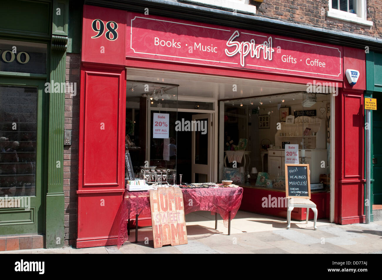 New Age shop 'Spirit' advertises, Free Healing miracles, Chester, UK - Stock Image