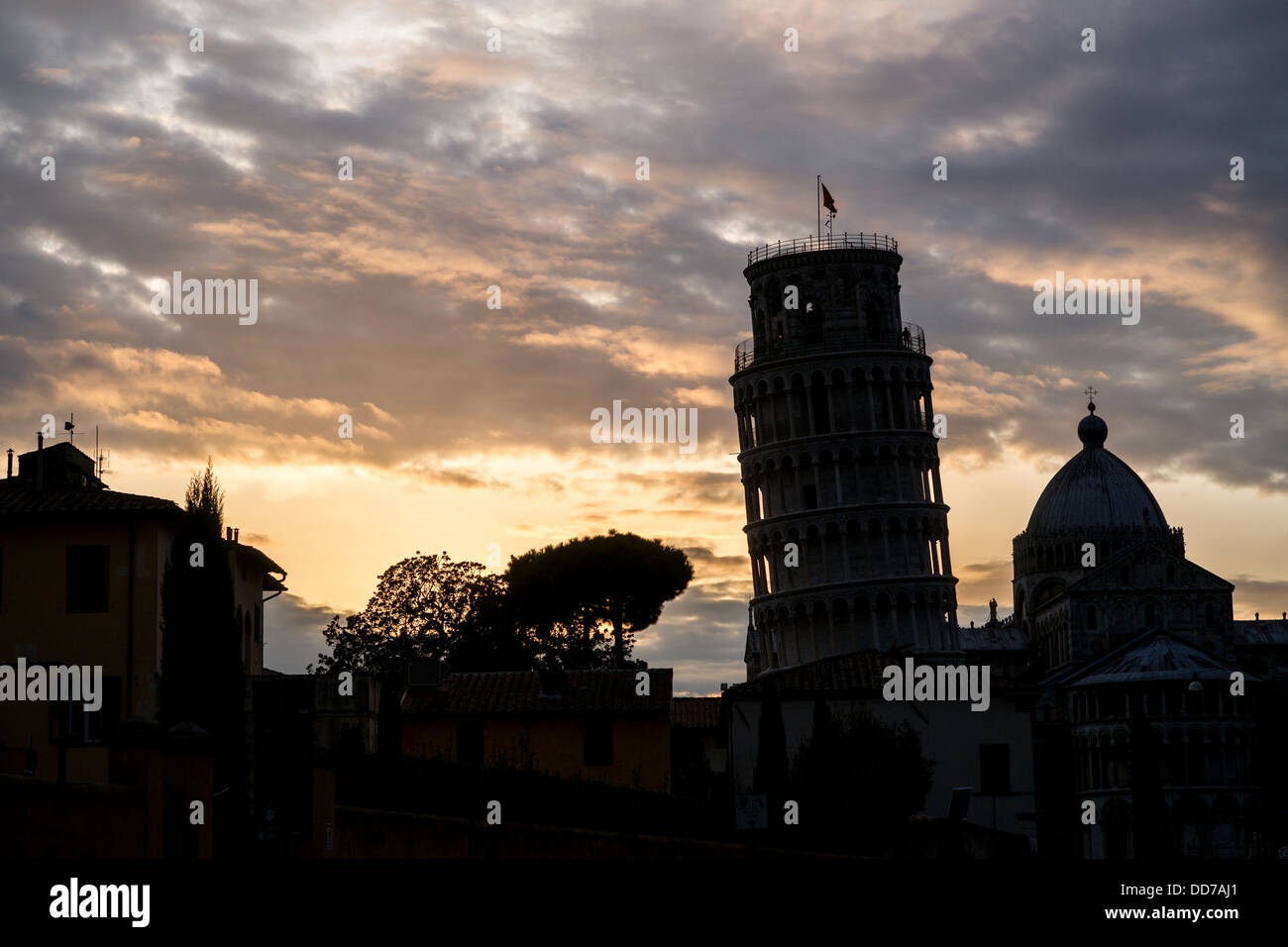 Silhouette Of Leaning Tower And Cathedral Pisa Italy