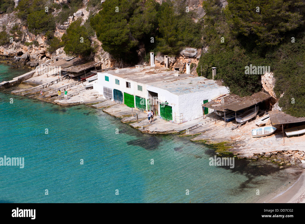Spain, Majorca, House boat in the bay of Cala Pi Llucmajor - Stock Image