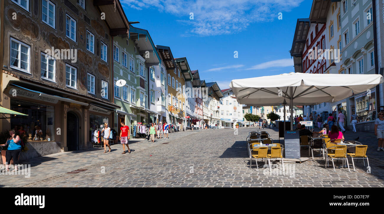 Germany, Bavaria, View of Pavement cafe at market sreet - Stock Image