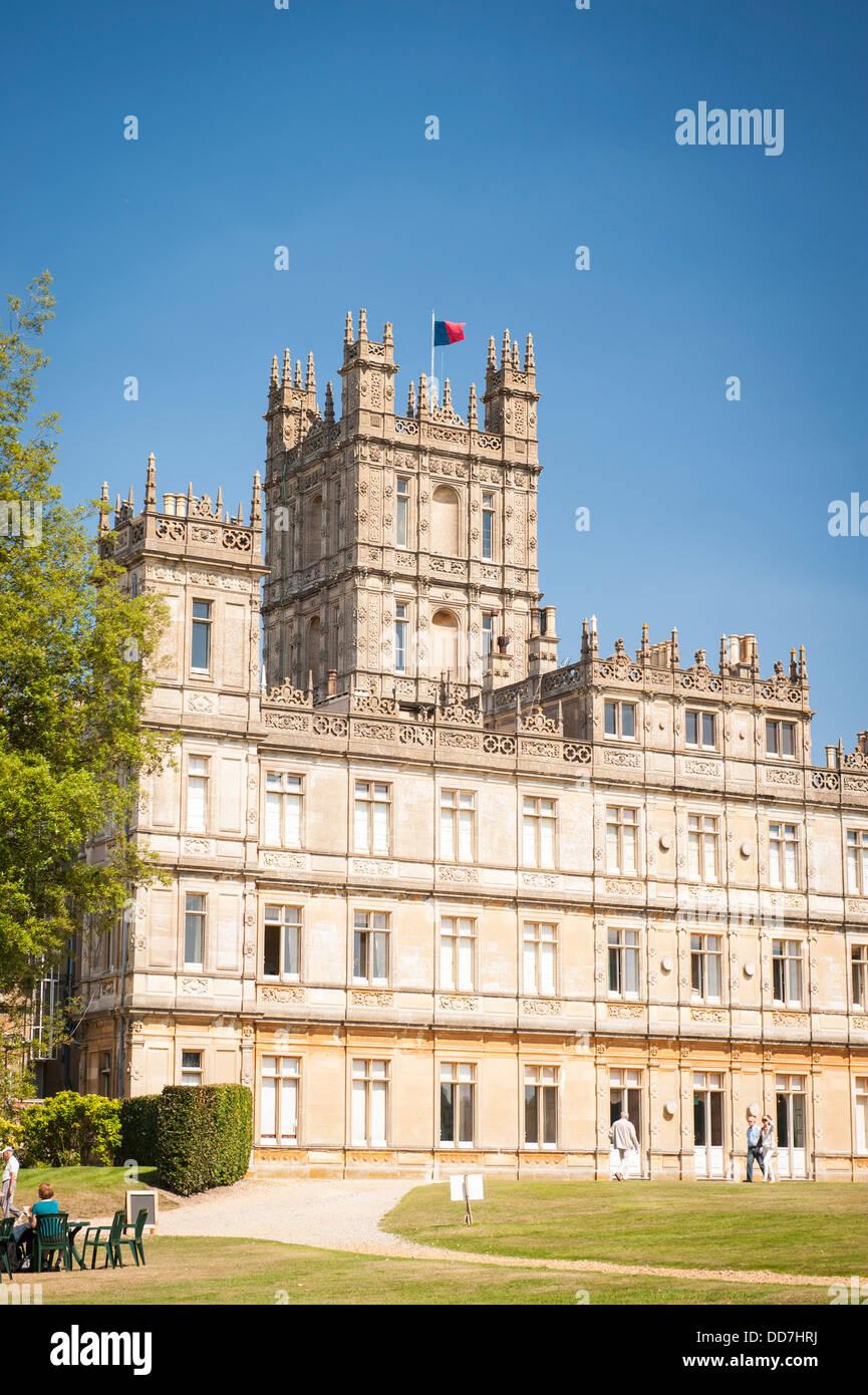 Highclere Castle Newbury Earl & Countess of Carnarvan setting TV serial show drama Downton Abbey rear exterior - Stock Image