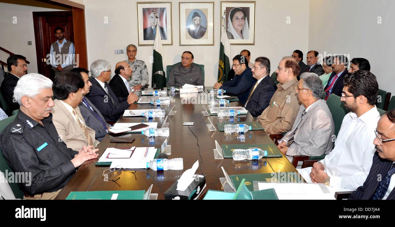 karachi pakistan 28th aug 2013 president asif ali zardari