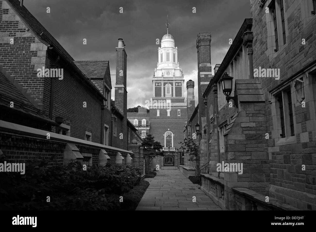 Black and white photograph of Yale residential college Pierson, New Haven, CT. - Stock Image