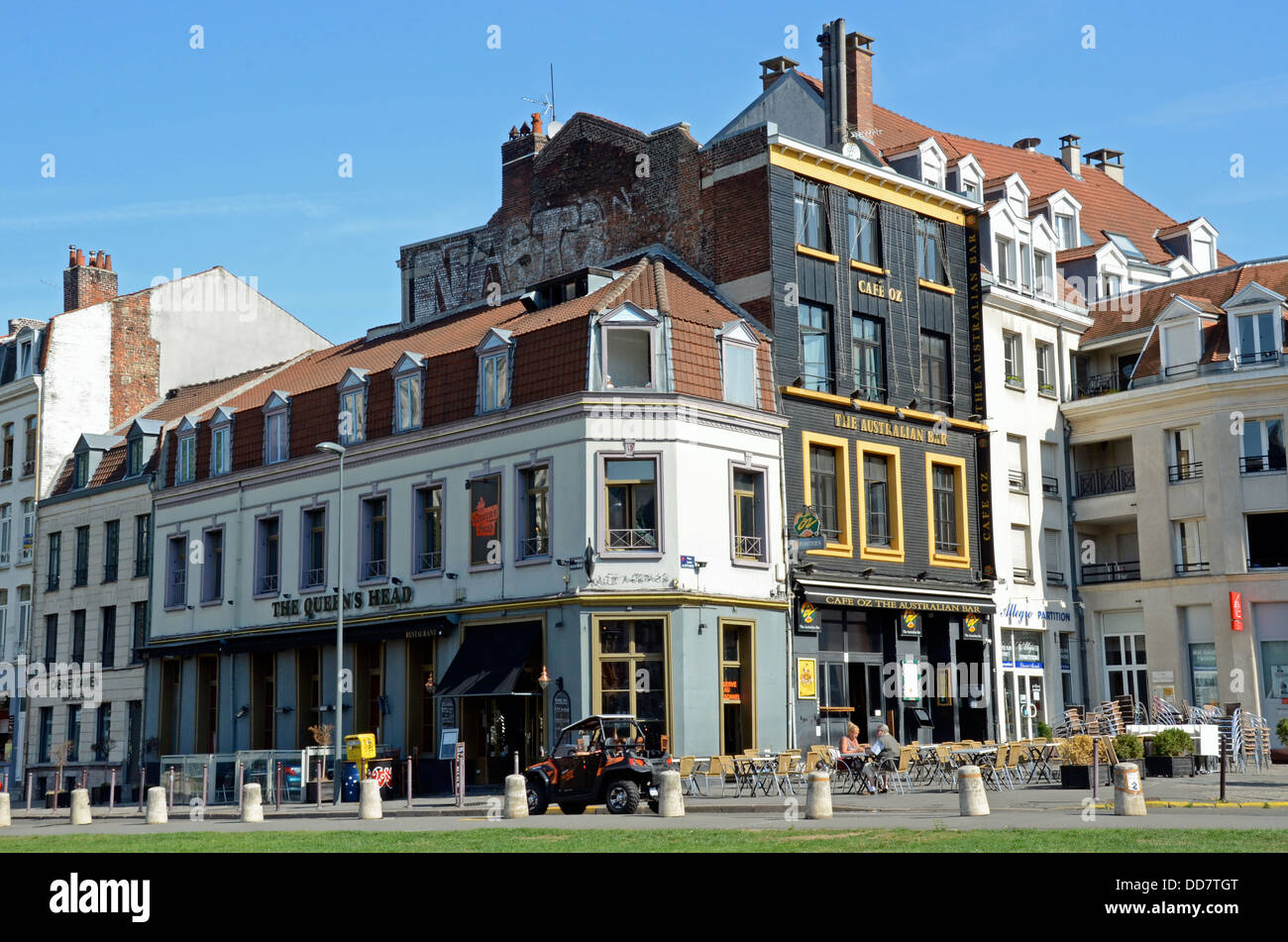 The Australian Bar and Queen's Head, Lille, Nord, France - Stock Image