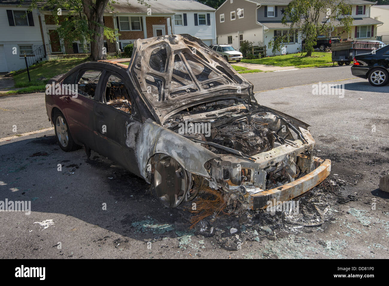burnt car after car fire stock photo 59798648 alamy. Black Bedroom Furniture Sets. Home Design Ideas