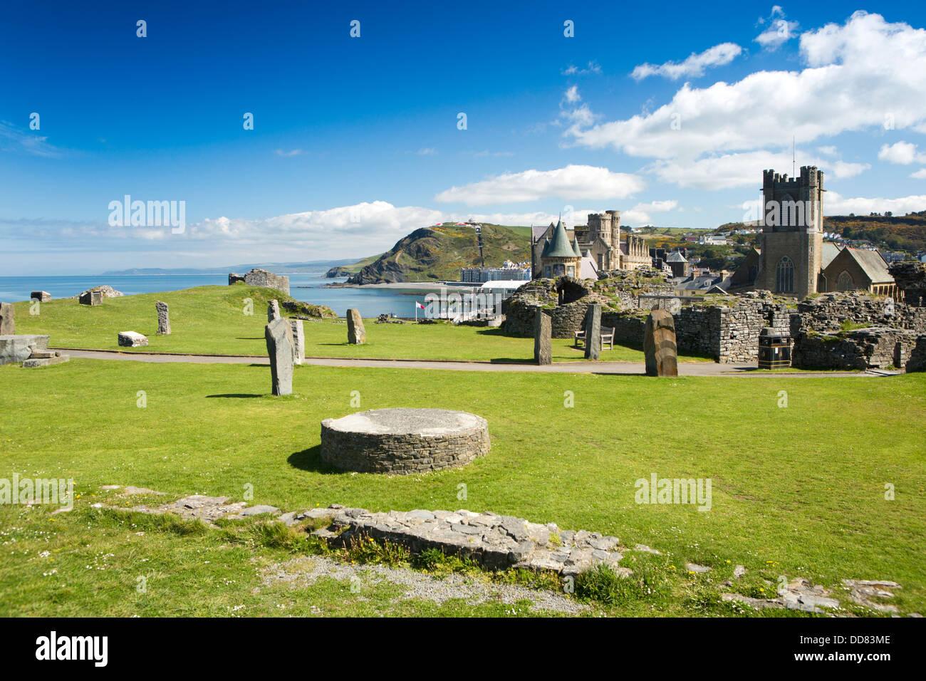 UK, Wales, Ceredigion, Aberystwyth, Castle, Gorsedd stone circle - Stock Image