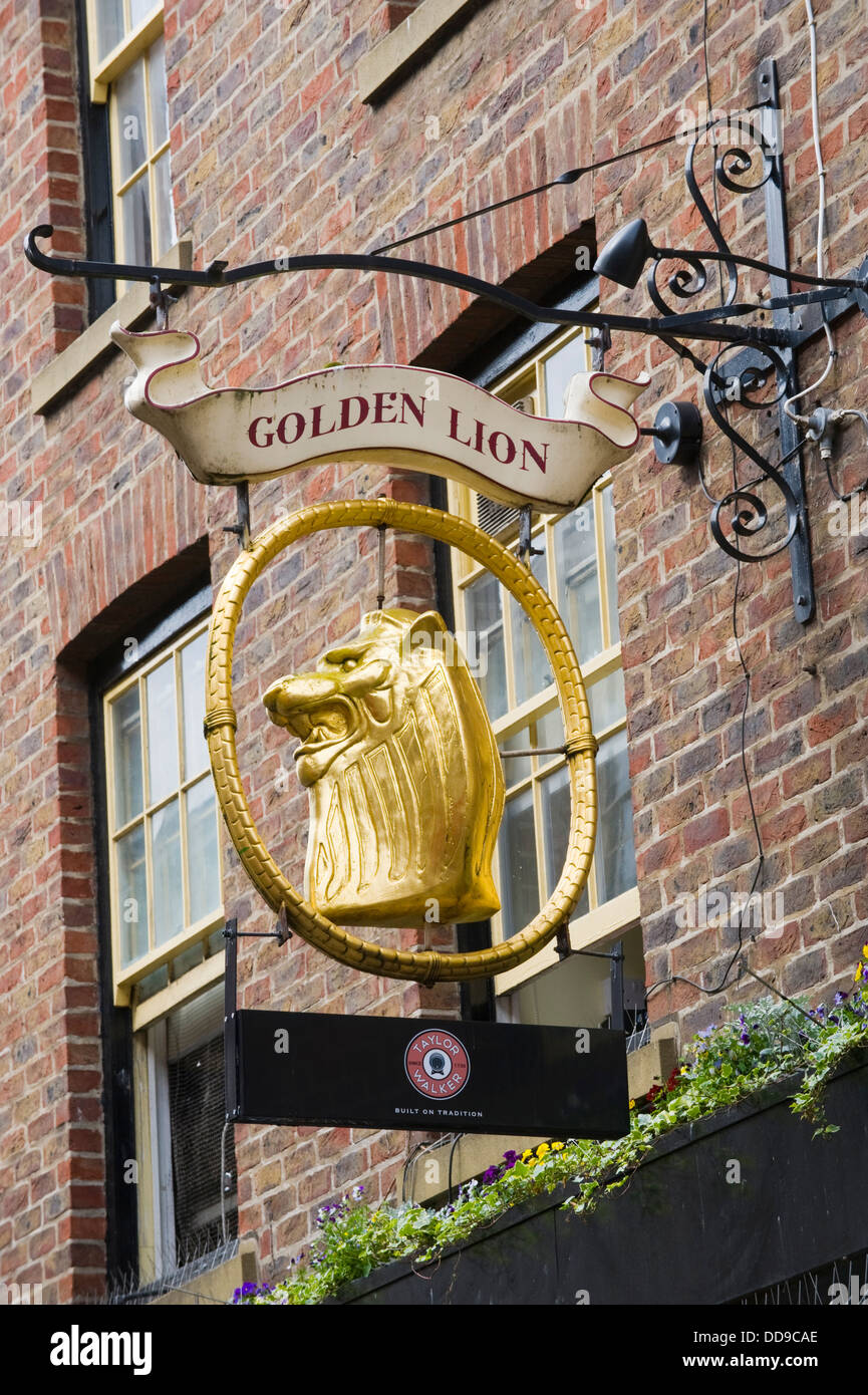 Exterior of the Golden Lion pub in the city centre of York North Yorkshire England UK - Stock Image