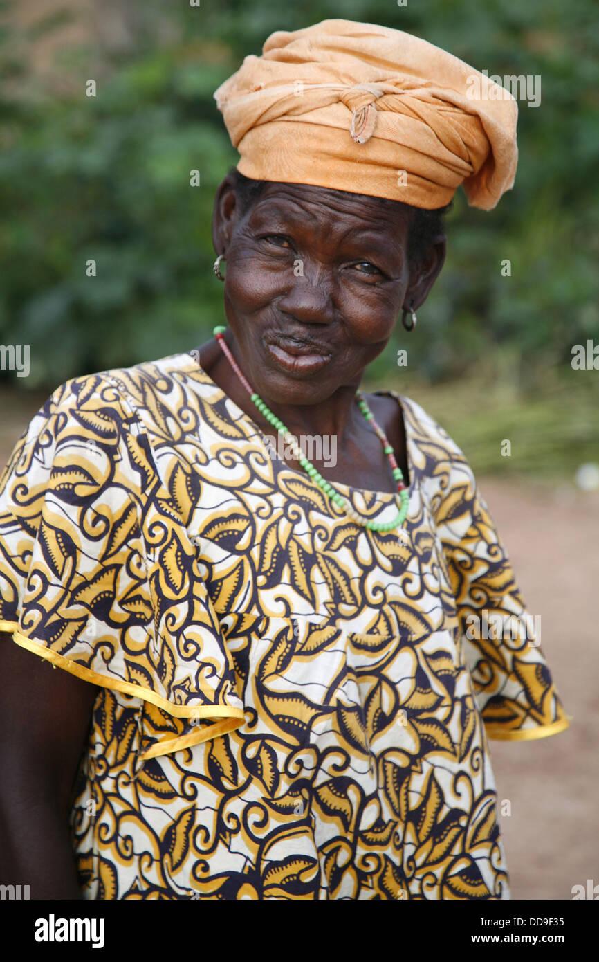 Senoufo woman portrait. Sikasso region, Mali - Stock Image