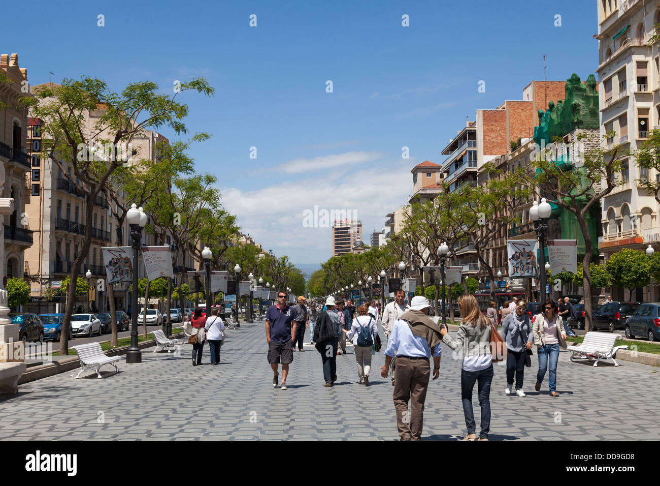 Tarragona Rambla Nova tourist street - Stock Image