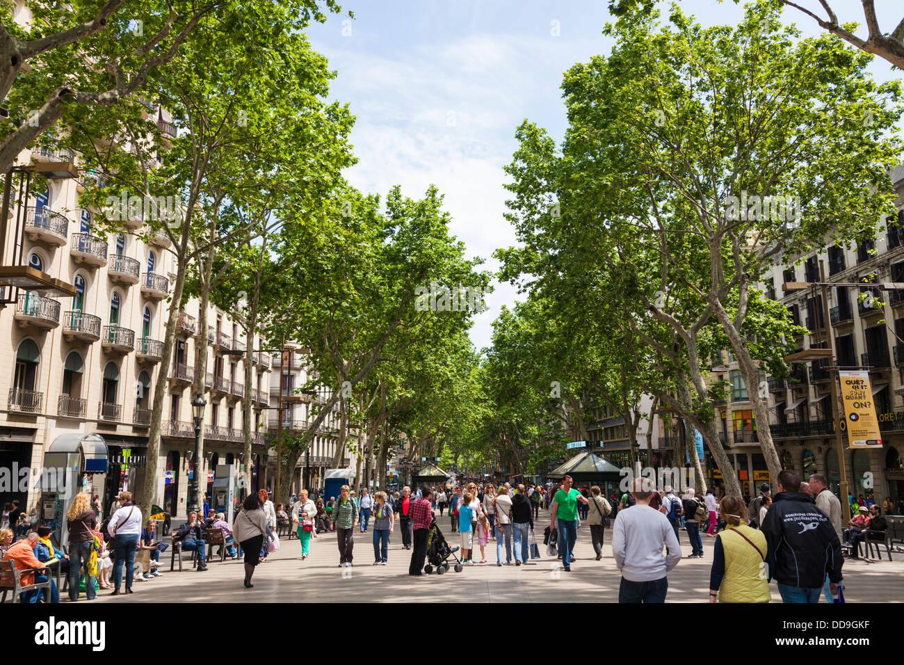 La Rambla pedestrian tourist street in Barcelona - Stock Image