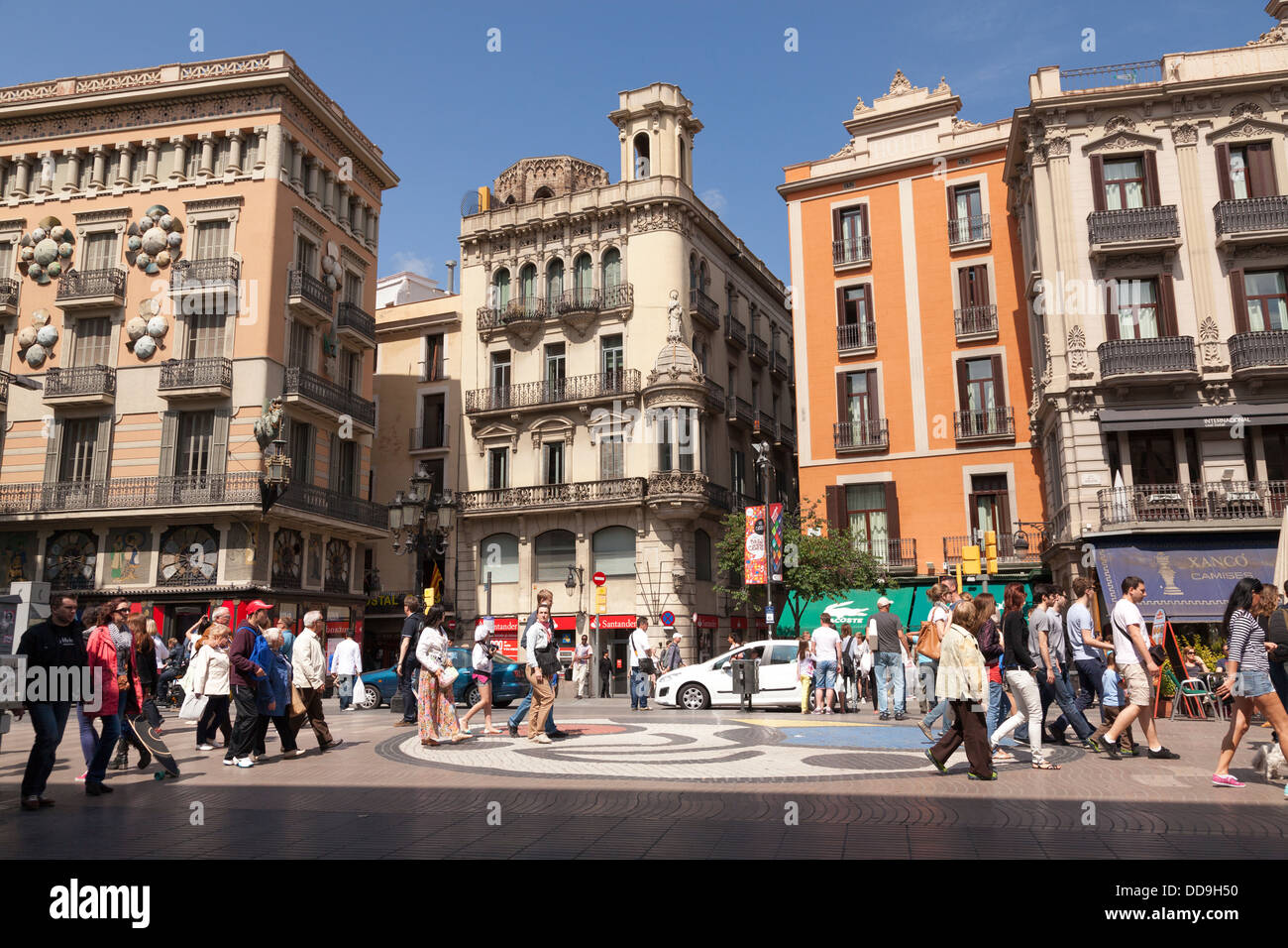 Typical spanish buidings in La Rambla Barcelona - Stock Image