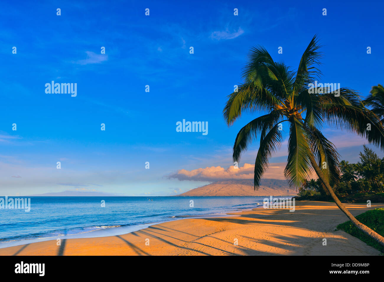 Sunrise at Kamaole Beach Park, Kihei, Maui, Hawaii - Stock Image