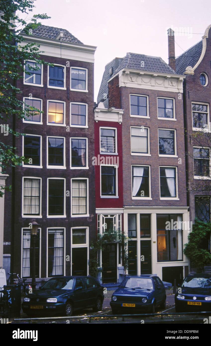 The Narrowest House In Amsterdam 166 Singel Street