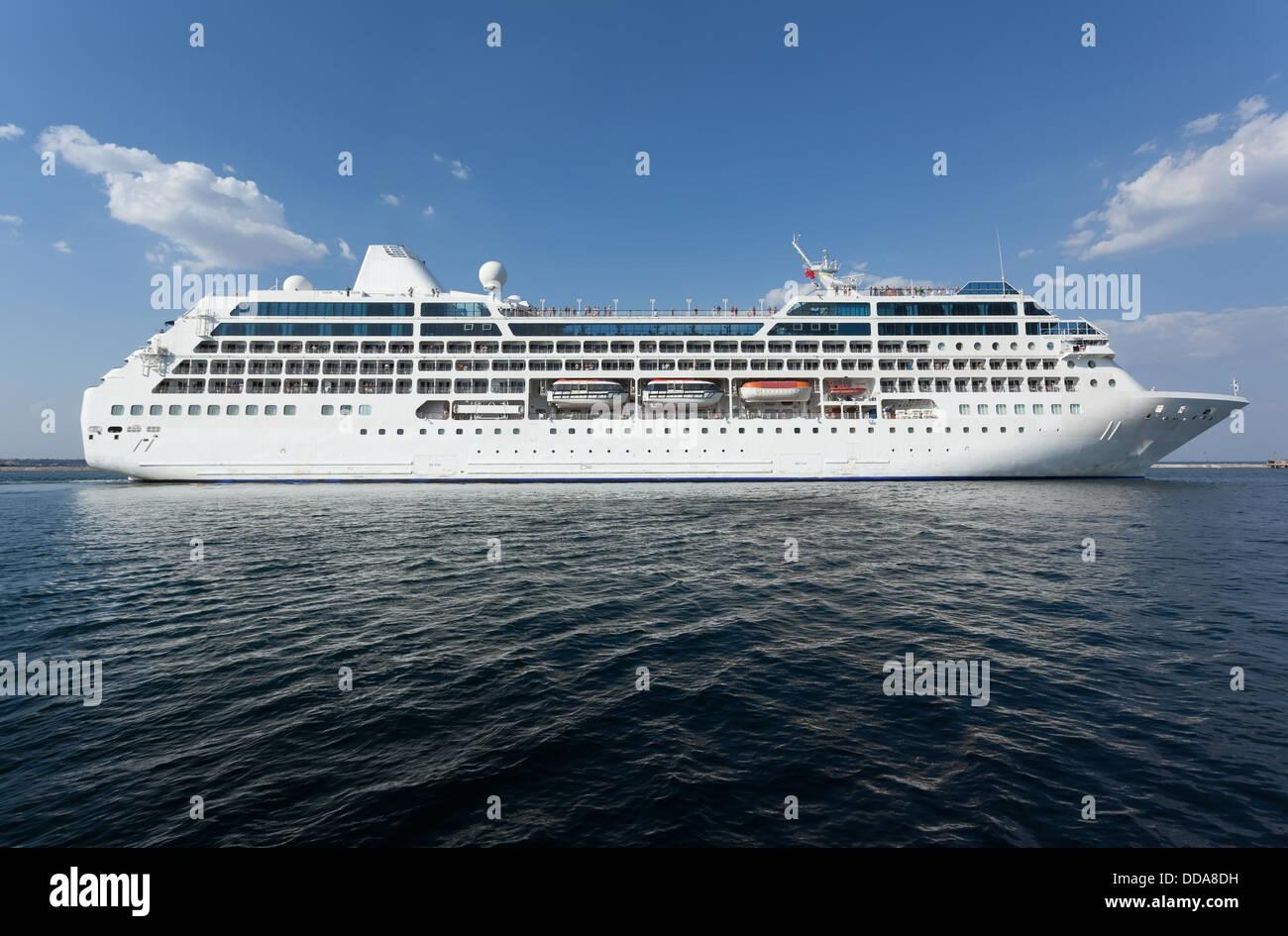 passenger ship afloat side whole - Stock Image
