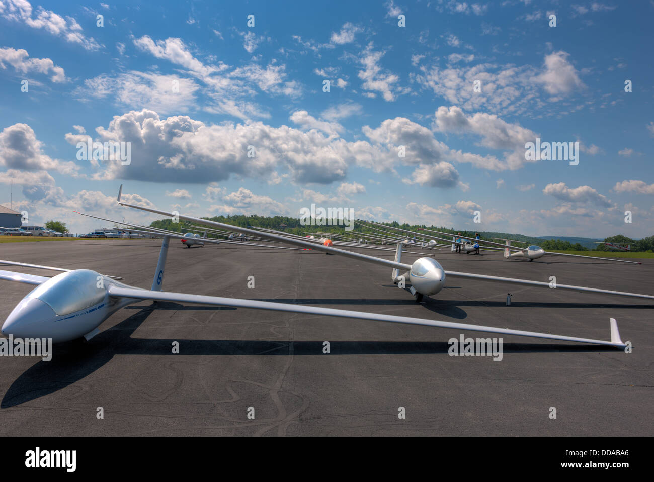 Sailplanes wait on the takeoff grid for their first launch of the day at Harris Hill Gliderport in Elimira, New - Stock Image
