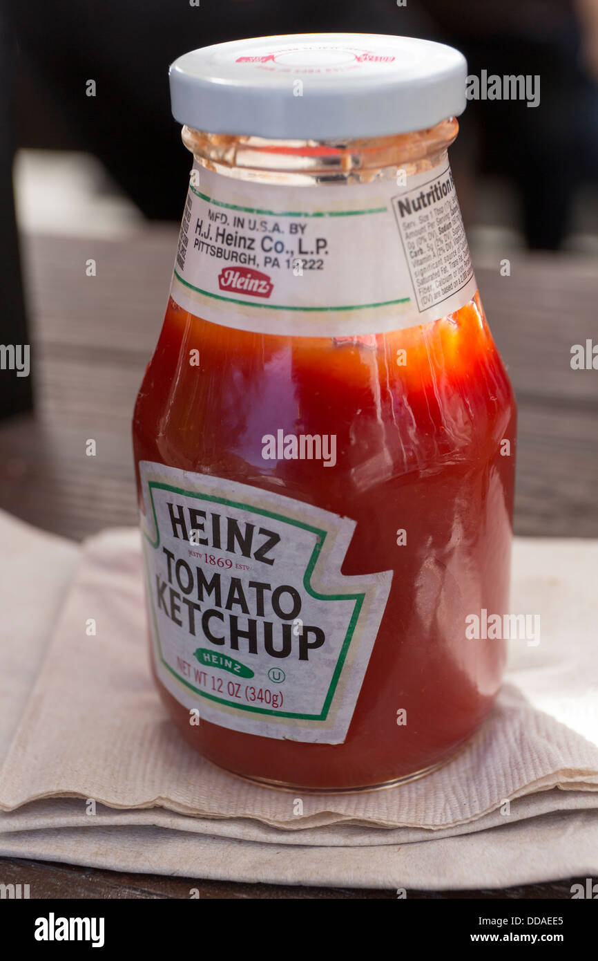 Heinz Ketchup Stock Photos & Heinz Ketchup Stock Images