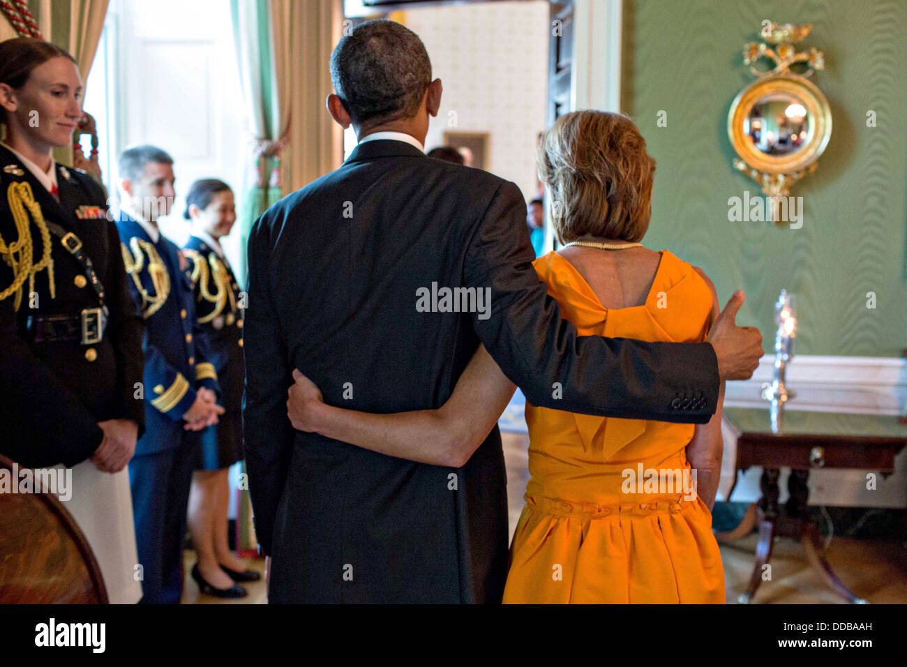 US President Barack Obama walks with Amb. Capricia Marshall, outgoing Chief of Protocol at the Department of State, - Stock Image