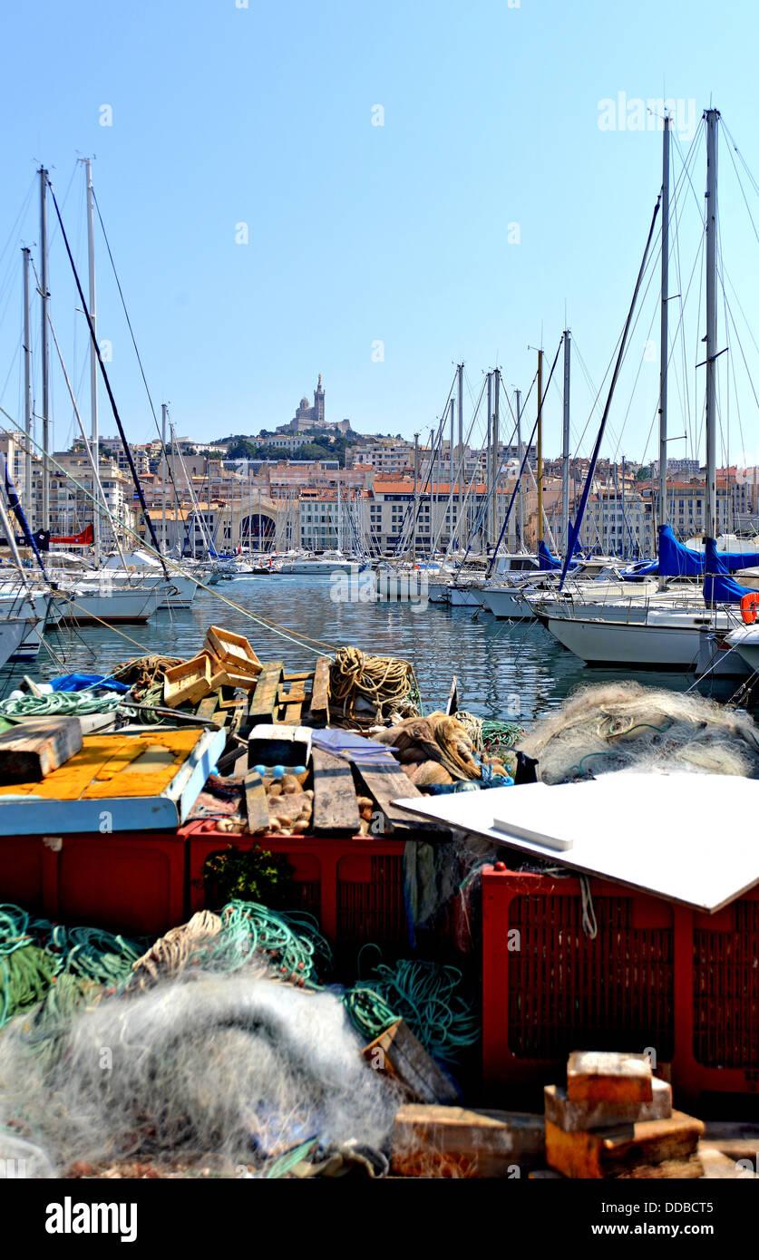 Vieux port notre dame stock photos vieux port notre dame stock images alamy - Pharmacie de garde marseille vieux port ...
