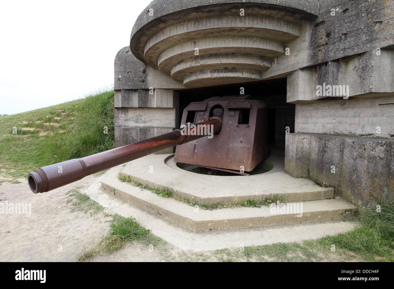 France, Normandy, D-Day Beaches, Longues Sur Mer, WWII German 150mm artillery battery. - Stock Image