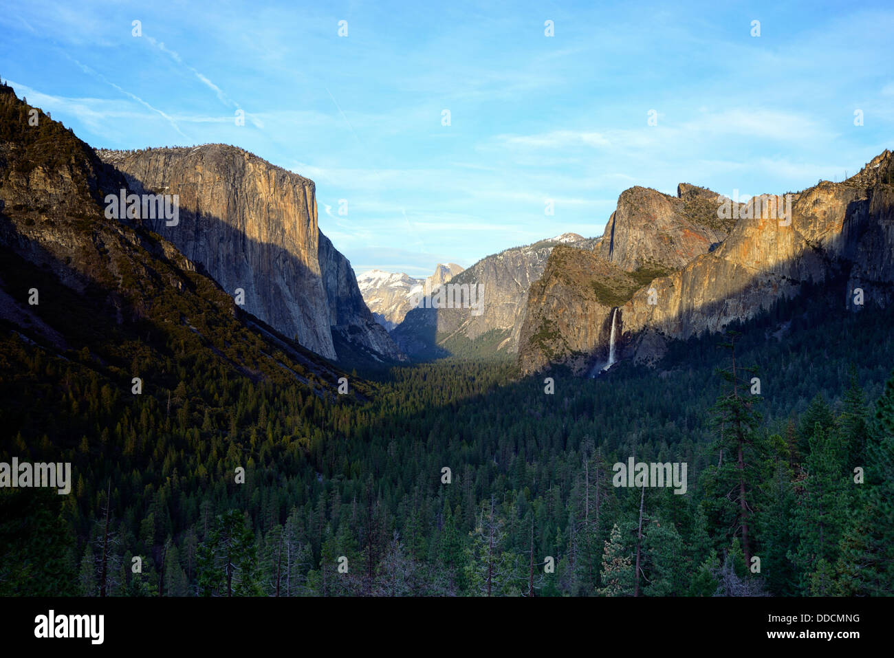yosemite valley as seen from tunnel view with el capitan half dome and bridalveil falls Stock Photo
