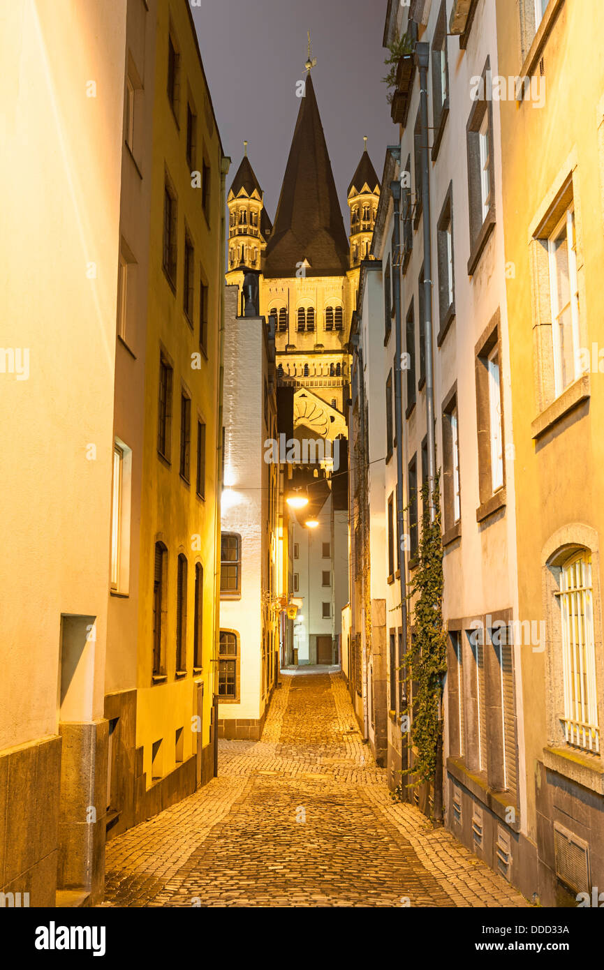 Narrow street in Cologne Germany - Stock Image