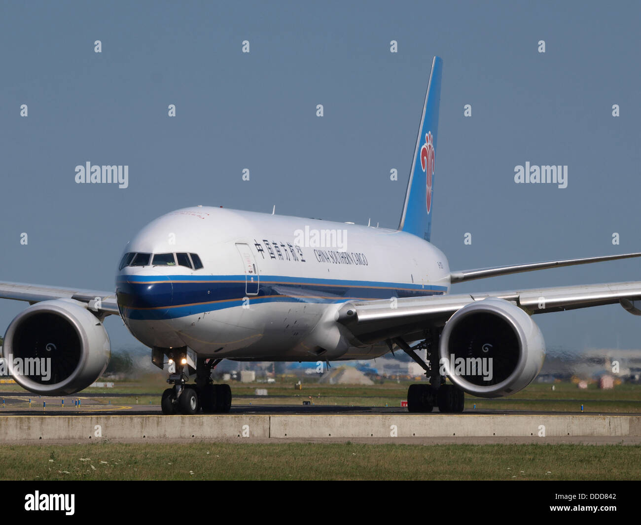 B-2071 China Southern Airlines Boeing 777-F1B - cn 37309, taxiing 21july2013 pic-004 - Stock Image