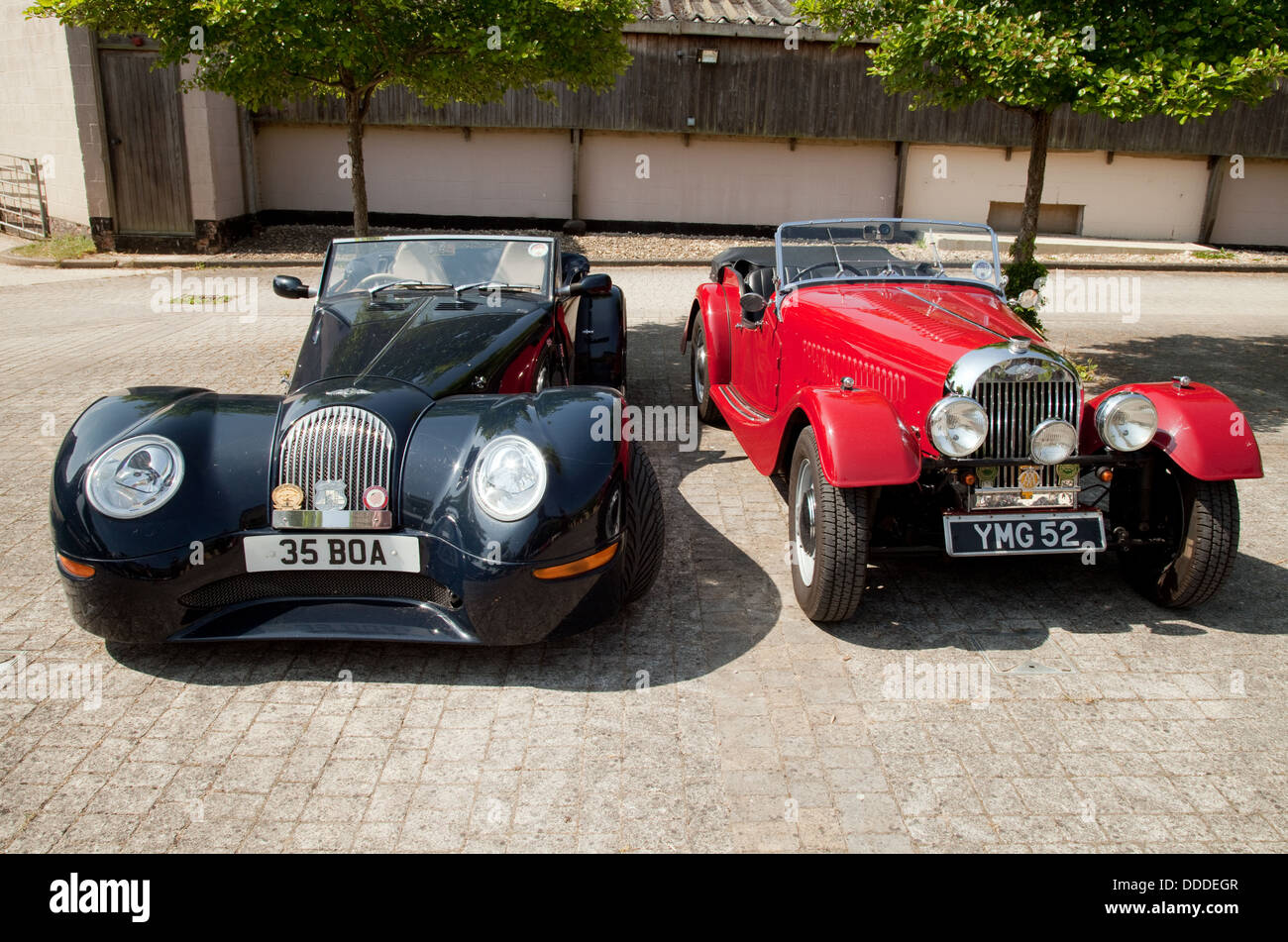 A Pair Of Morgan Sports Cars A Modern Aero 8 Sports Coupe And An Stock Photo Alamy