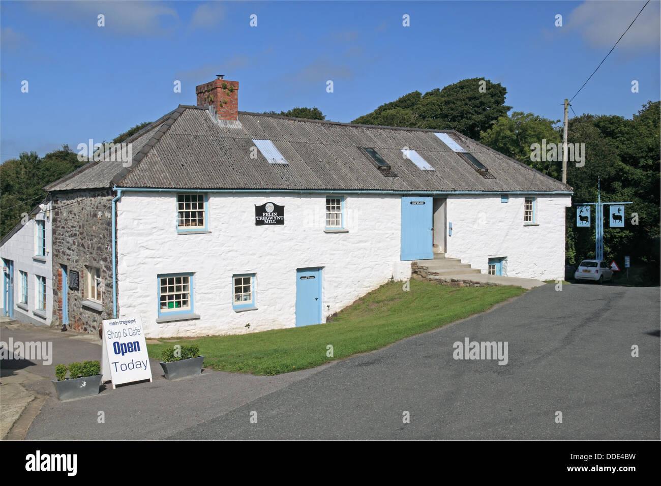 Melin Tregwynt woollen mill, nr Abermawr, Pembrokeshire, Wales, Great Britain, United Kingdom, UK, Europe Stock Photo