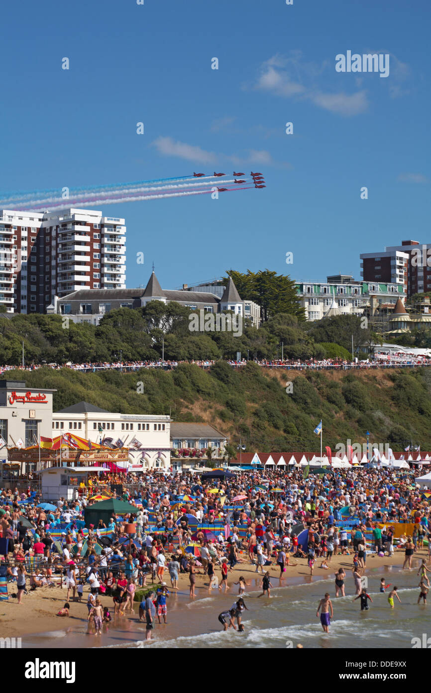 Bournemouth, UK Saturday 31 August 2013. A reported 404,000 people flocked to  the seaside to watch the third day - Stock Image
