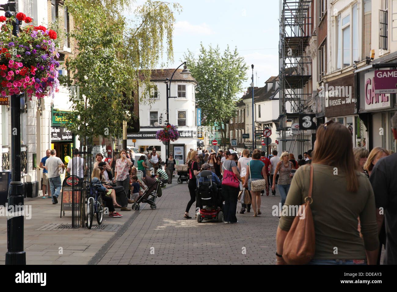 A busy pedestrianized town centre of Maidstone, Kent. - Stock Image