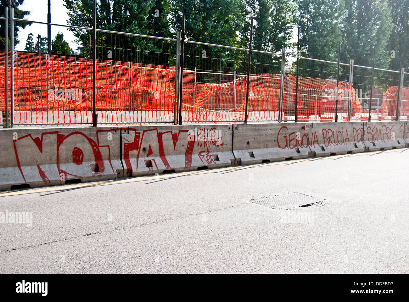 writing on the wall of protest against the construction of the railway line TAV - Stock Image