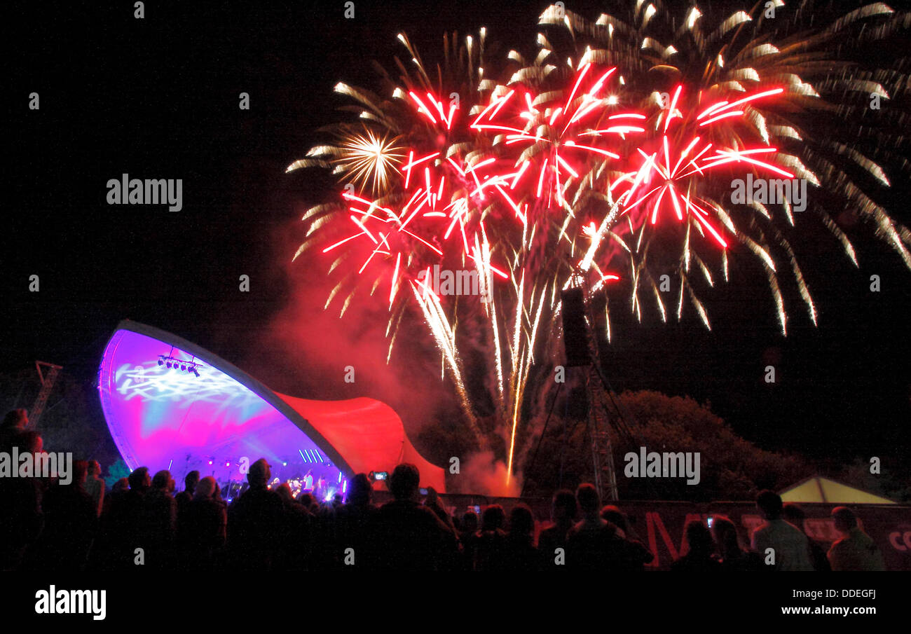 Derby, UK. 1st Sept, 2013.The Darley Park Concert firework finale.  Presented by Derby LIVE in partnership with - Stock Image