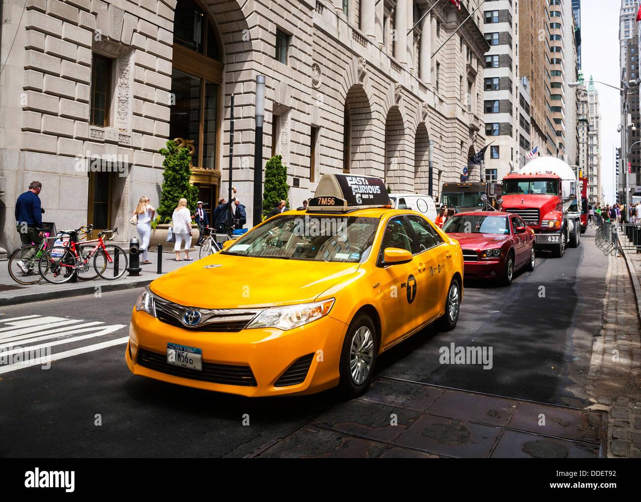 New York Yellow taxi cab, Manhattan, New York City, USA. Stock Photo