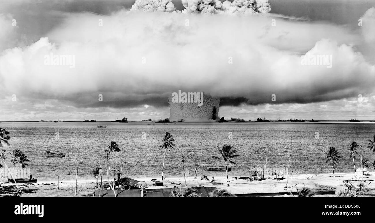 OPERATION  CROSSROADS  The underwater Baker atomic nuclear explosion on Bikini Atoll on 25 July 1946 - see description - Stock Image