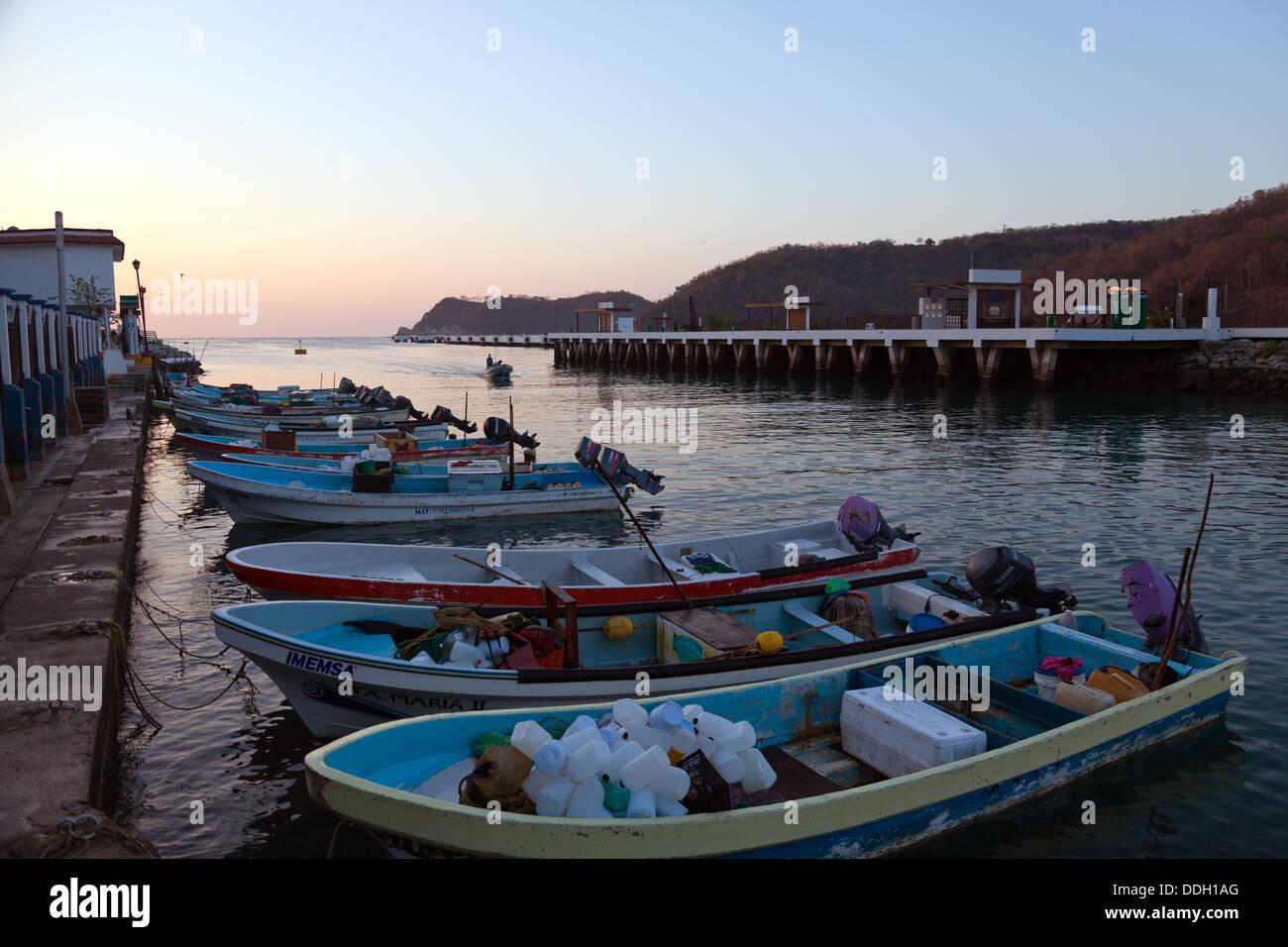 Sunrise at the marina, Bahia de Santa Cruz, in Huatulco, Mexico. Stock Photo